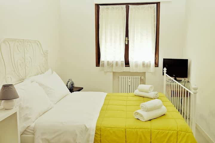 Double Room with Private Bathroom_Rosa Garden B&B