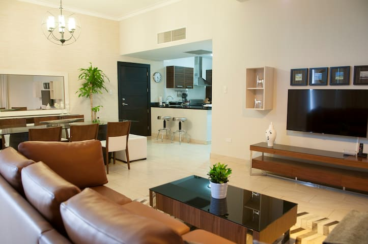 Ana's Cozy 3 BR Apto Downtown Sto. Dgo. - Santo Domingo - Apartament