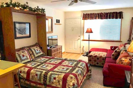 *Great Reviews* Hunter Mtn Cozy/Clean Studio Condo