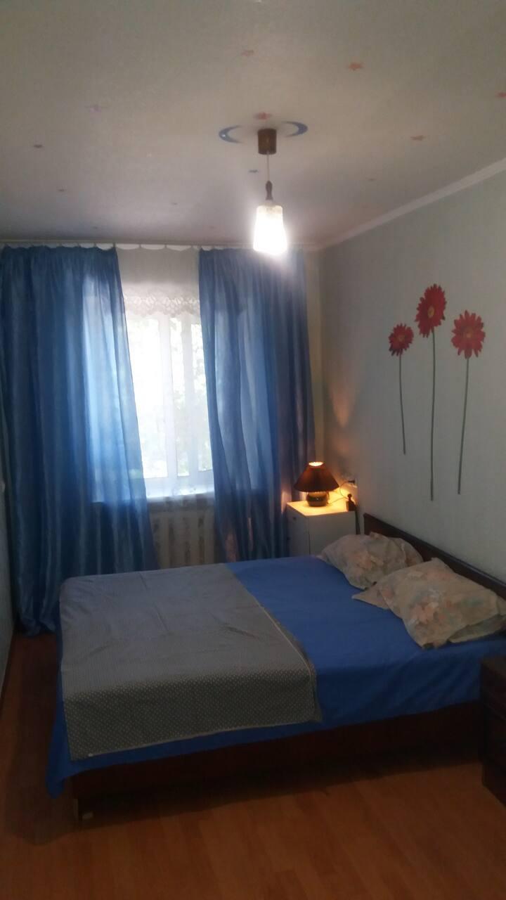 2х комнатная современная квартира в центре Донецка