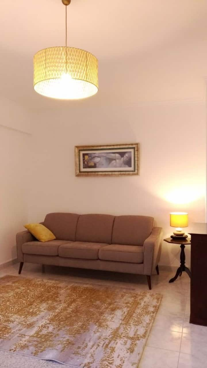 1 Bedroom Flat 1 Station away from Charming Sintra