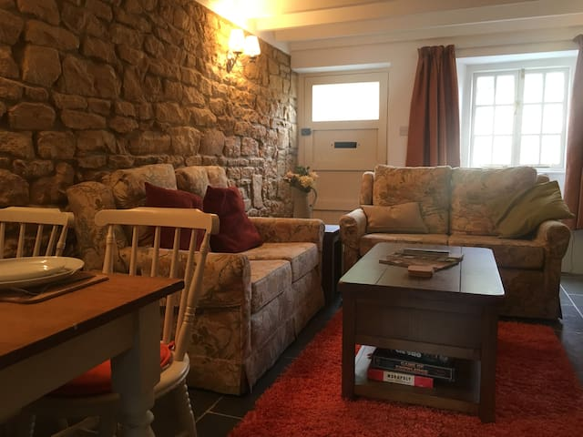 Cosy cottage, Moreton in Marsh centre - Moreton-in-Marsh - Haus
