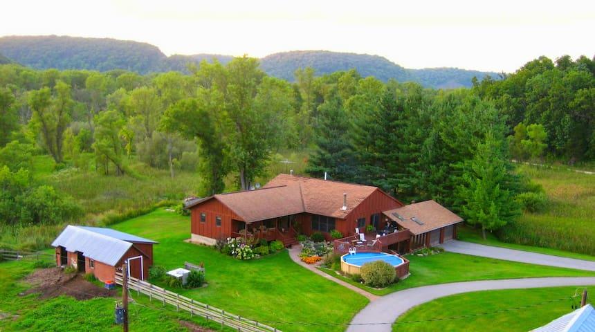 Village Creek Lodge