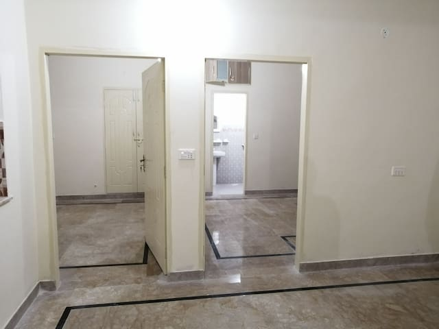 Whole Apartment with 2 separate rooms and 2 halls
