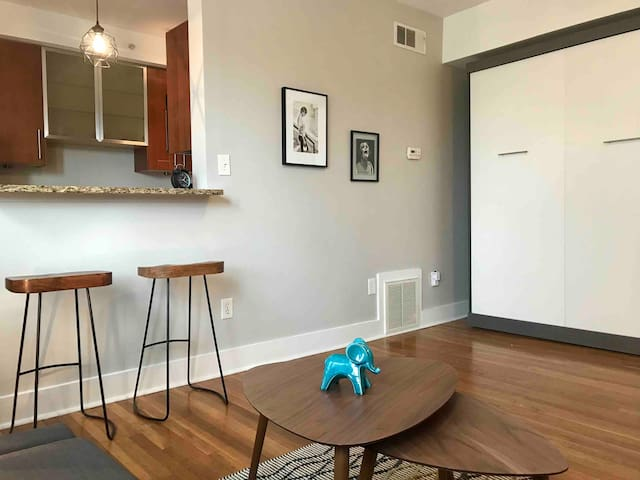 Charming  little apartment in Little 5 Points