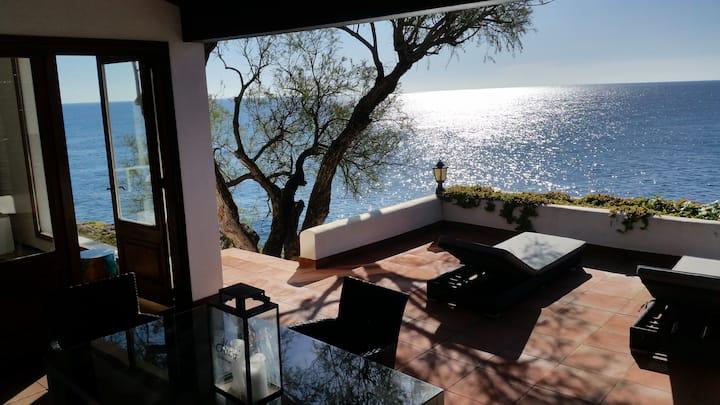 Casa Raya oceanfront Ferienhaus  in 1. Meereslinie