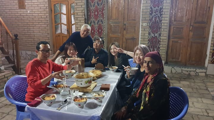 Umarxon guesthouse -   new year with uzbek family!
