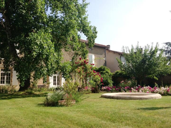 5* Romantic residence XVIIIth