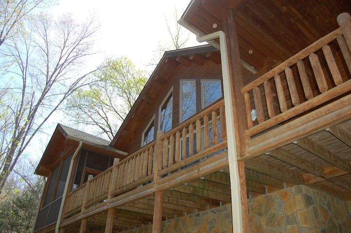 NEW to AirBnB! Log Cabin w/Waterfall View and Playground~Hot Tub, Loft, Hiking