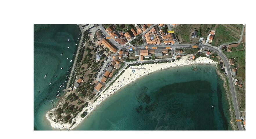 Häuschen in Esteiro am Strand