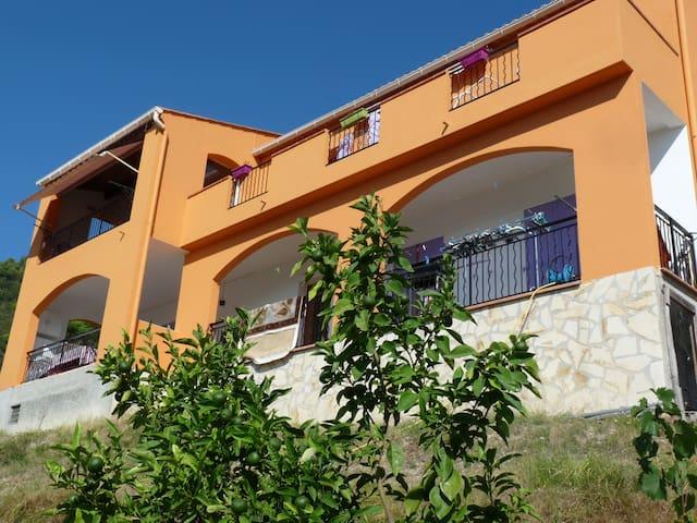Villa à louer proche Menton Monaco - Sainte Agnès - Ev
