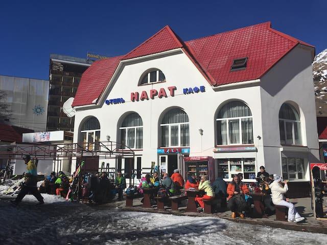 Отель Нарат на поляне Чегет - Эльбрусский р-Н