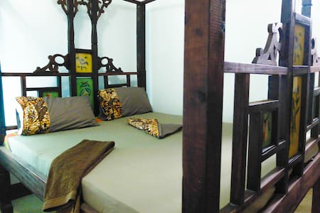 *New!* Modern ensuite near the beach in old town - Bagamoyo - Haus