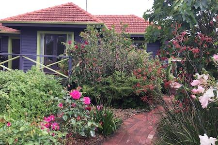 Margaret River Garden Cottage