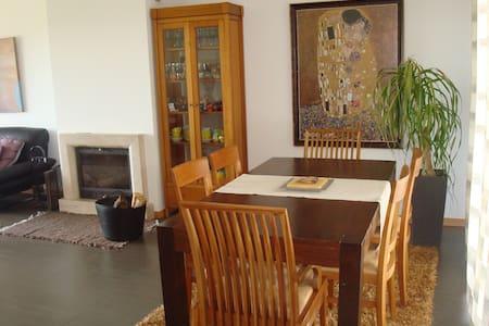 Casa Laranja - apartamento no Rés do chão - Appartement