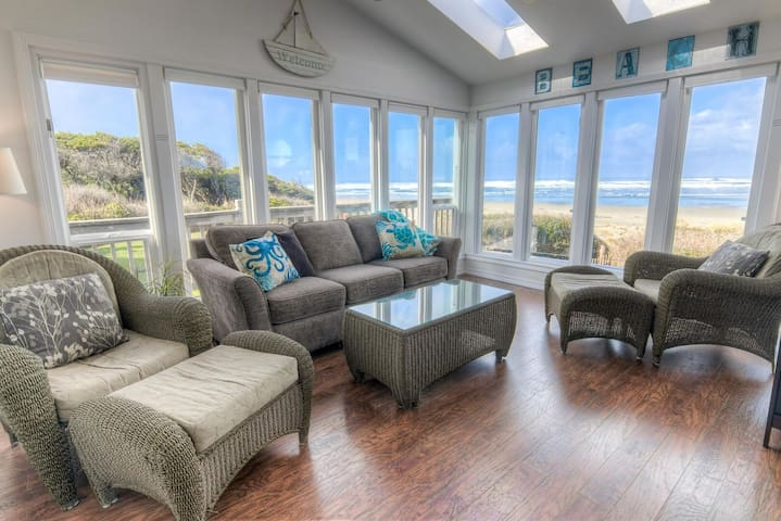 Oceanfront Home with Hot Tub on Miles Of Sandy Beach!