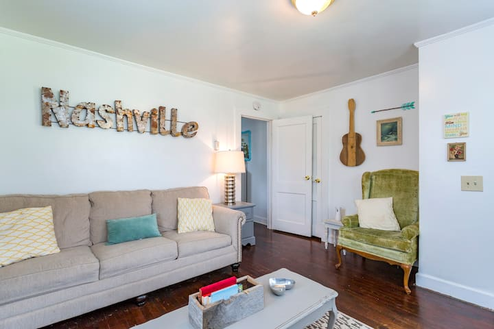 Charming Nashville Space: 15 Min from Downtown! - Nashville - House