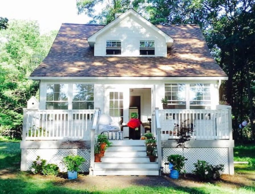 Cottage Farmhouse Cottages For Rent In Greeley