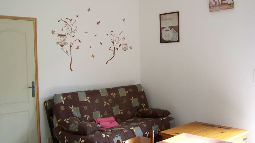 LOUE GITE NEUF DE 65 M2 A 35 MINUTES D'AJACCIO - Azilone-Ampaza - Apartemen