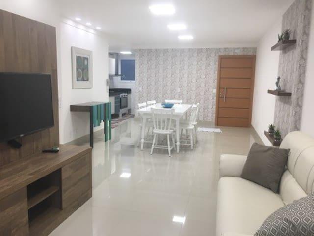 Lindo apartamento na Praia do Morro, Guarapari-ES