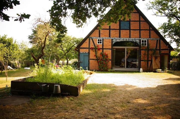 Romantisches Landleben im Bauernhaus von 1887