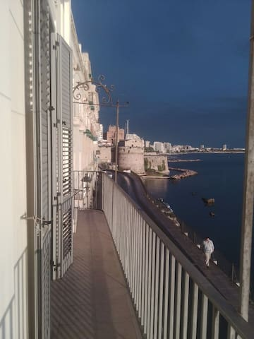 SUNSET HOUSE - Taranto - Apartament