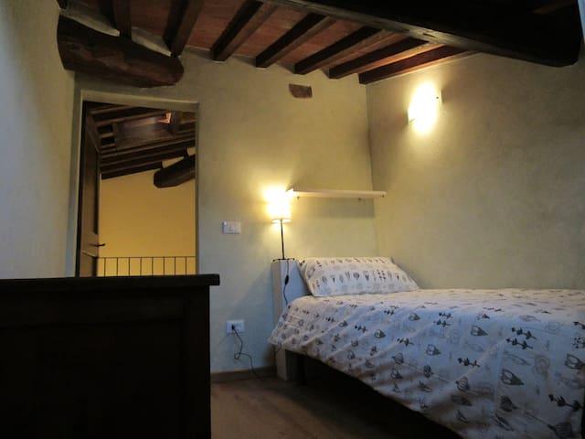 Single Bedroom in the attic mansarda (upstairs)