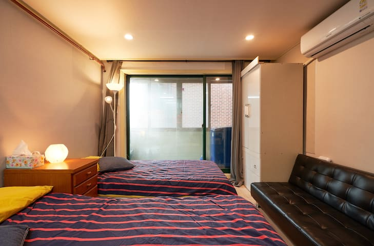 Entire Studio Nearby Seoul Station (J)