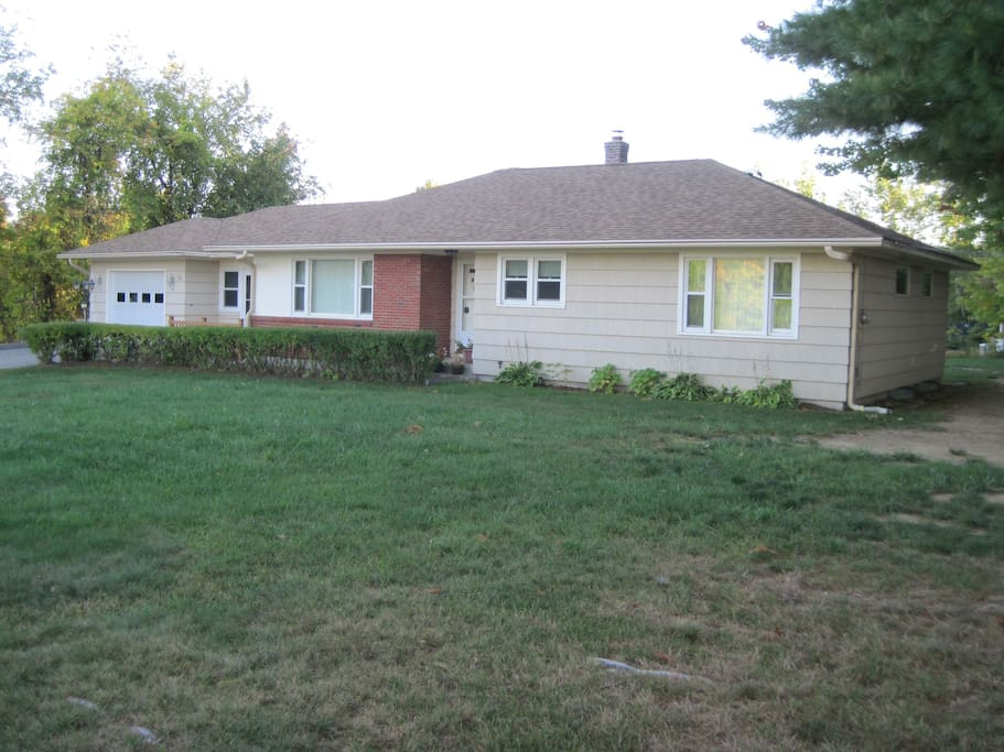 3 Bedroom Ranch Home In The Heart Of Weirs Beach Houses