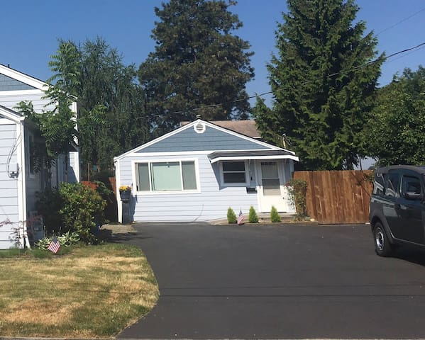 Pacific Northwest Mother-In-Law Studio Unit