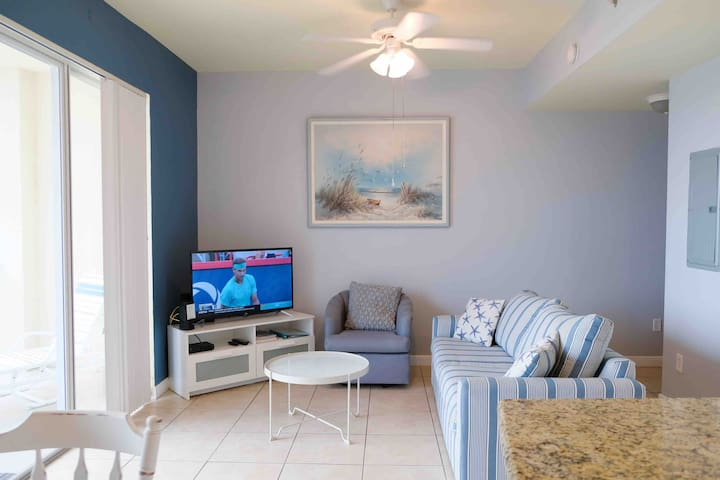 """Cozy living room with queen pull out couch and new 40"""" Smart TV"""