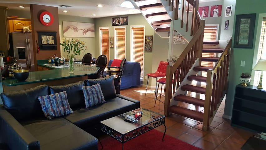 Bi-Level Suite on private Ranch! - Southwest Ranches - House
