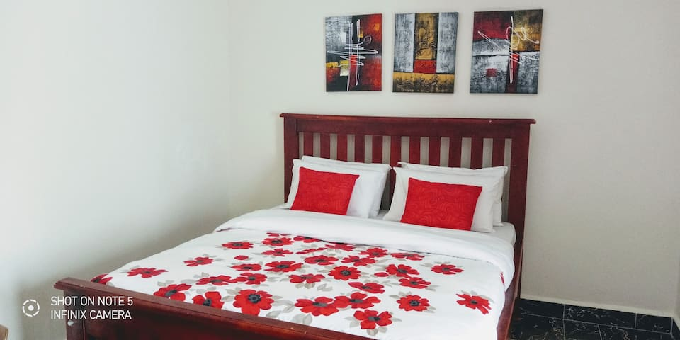 Bunga Furnished Town House (Private & Convenient)