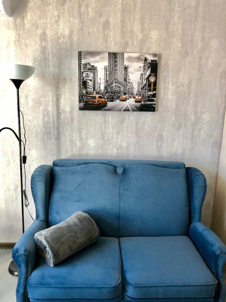 Синяя студия Центр города
