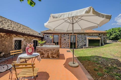 Palazzetto ваканционна къща Cavagrande с лозе