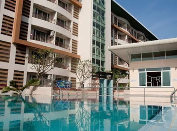 Charoen Krung Place Condominium