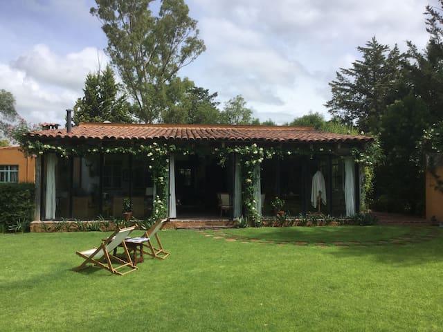Casa De Campo Pirámides de Teotihuacán Rancho Azul