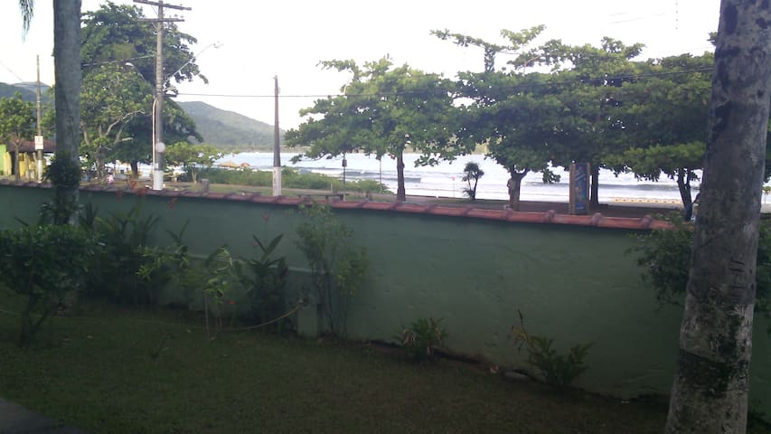 Apartamento Kitnet frente ao mar