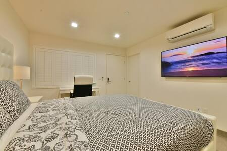 1244#7 Stylish & Modern Private Room Across Beach