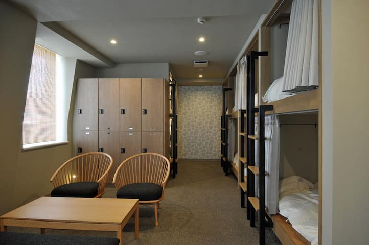 [5mins->OkachimachiSta.]1 bunk bed in Female Dorm