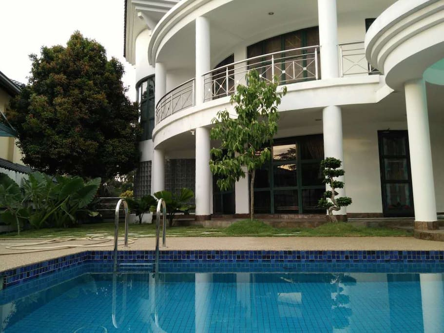 Pj Best Private Function Pool Bungalow Birthday Bungalows For Rent In Petaling Jaya