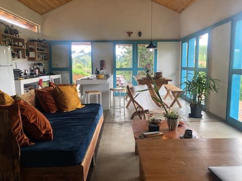 Haus mit schönem Blick in ländlichem Cunha