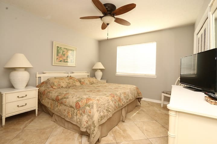 Wolfbay villas condo Orange Beach and