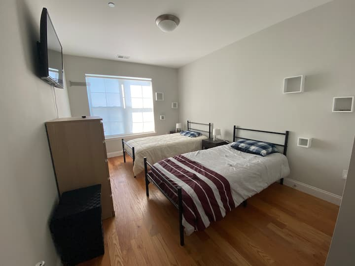 Prívate Bedroom & Br/15 min from Times Square.