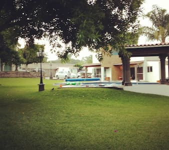 Beautiful house with pool, Oaxtepec - Oaxtepec