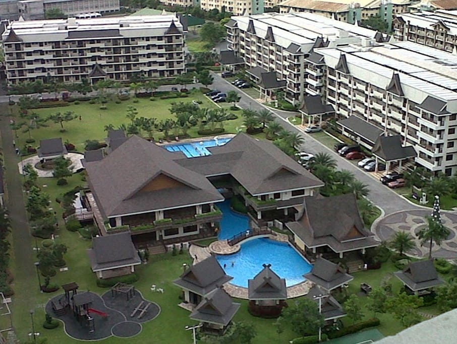 Aerial view of Royal Palm. My apartment in block on the left (just out of shot)