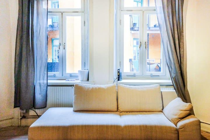 Cozy Apartment On Border of Östermalm & Vasastan