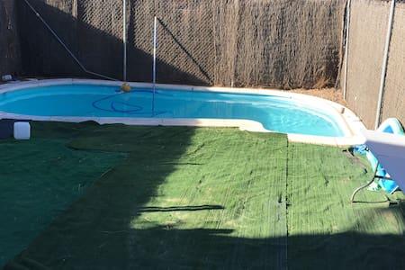 Habitación en chalet con piscina - Illescas - Dom