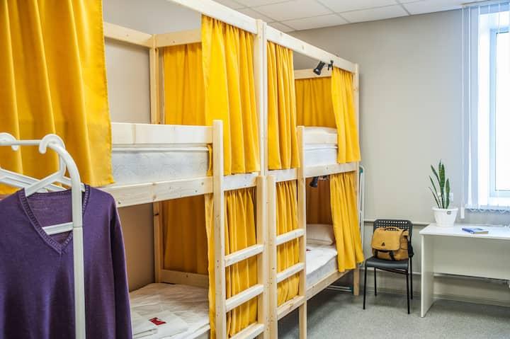 Спальное место в хостеле, М. Золотая Нива