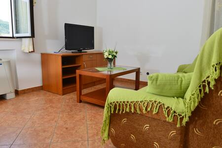 Apartments Mondo - One-Bedroom Apartment (Green) - Mokošica